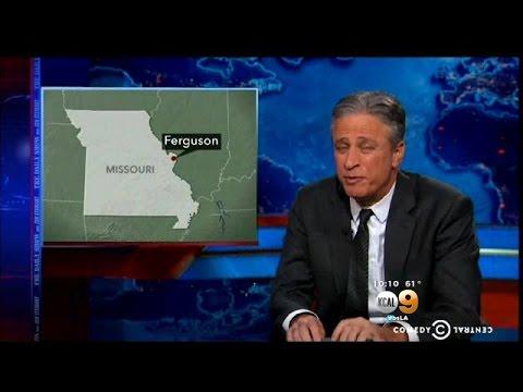 'Daily Show' Host Jon Stewart Apologizes To San Bernardino DA Over Police Shooting Comment