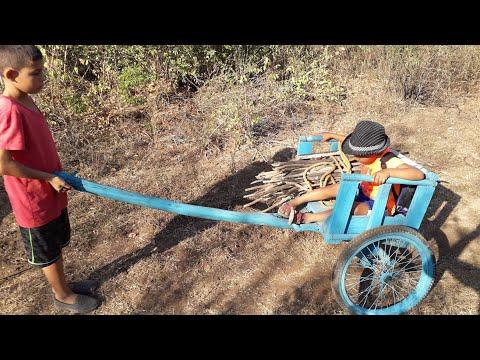 Jalando Leña En Carreta Artesanal, Asi Es La Vida Rural En El Salvador