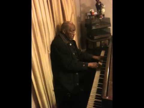 The Chicago Piano Man Dave Green