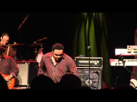 The Project - Earth, Wind & Fire Experience ft Al McKay - Boogie Wonderland (Live in Barcelona 2012)