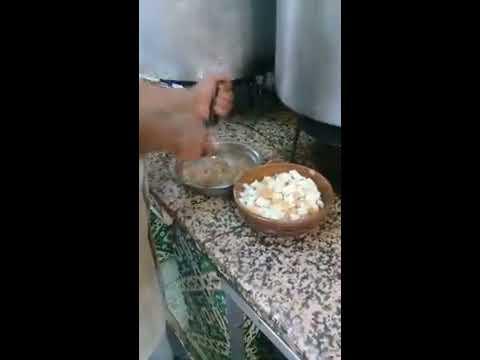 street food Lablabi bel hargma (pied de veau)   Cuisine tunisienne