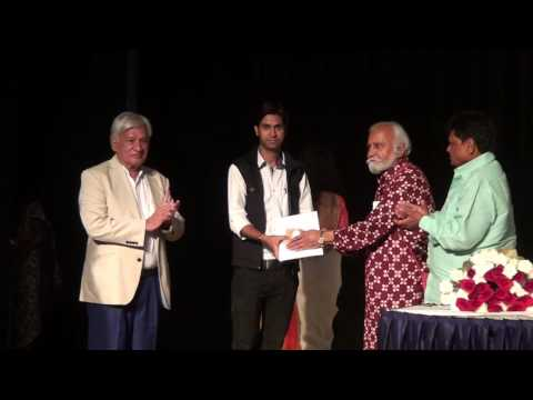 Indore artists receiving awards - 40