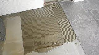 видео Укладка плитки на пол: как положить по технологии и сколько сохнет