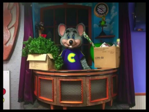 Chuck E. Cheese's East Orlando Holiday 2015 Decorations