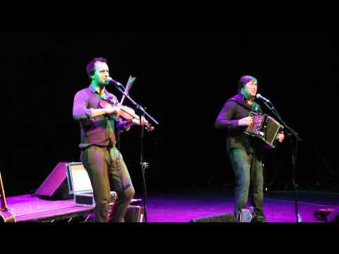 Spiers & Boden - New York Girls (Can't you Dance the Polka?) - Festival of Folk [Artree Music]