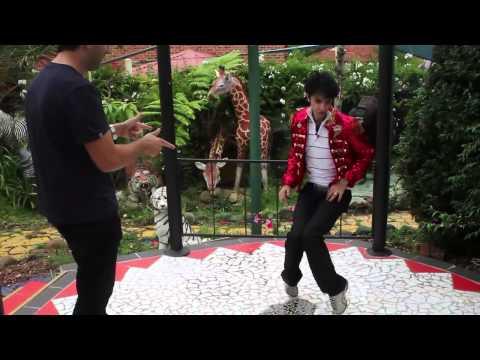 Wippa meets Jason Jackson, Michael Jackson impersonator