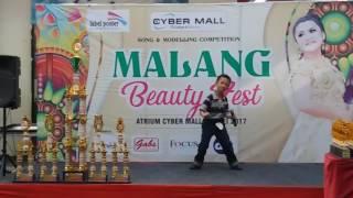 Single Terbaru -  Kicau Burung By Alex Cung At Cyber Mall Malang