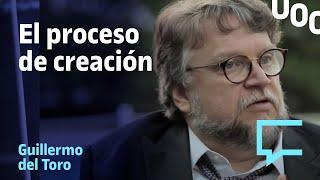 El proceso de creación de la mano del cineasta, Guillermo del Toro para la UOC.