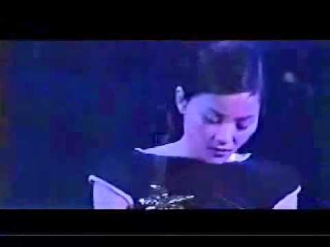 Bohemian Rhapsody - Faye Wong in concert
