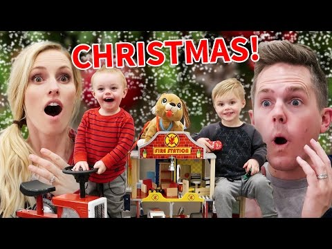 FIRST CHRISTMAS IN OUR NEW HOUSE! | Ellie and Jared Christmas Special 2016