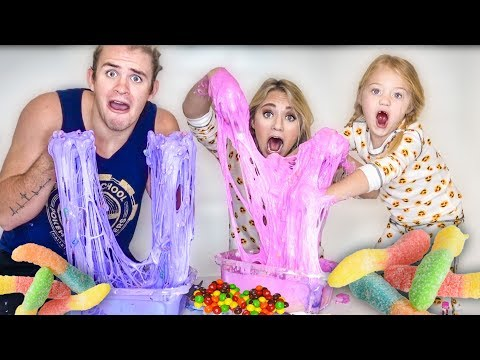MAKING GIANT CANDY SLIME AND MIXING SLIMES MAKES HUGE DISASTER!!!