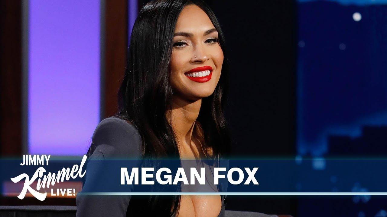 Megan Fox bares it all on VMAs 2021 red carpet with Machine Gun ...