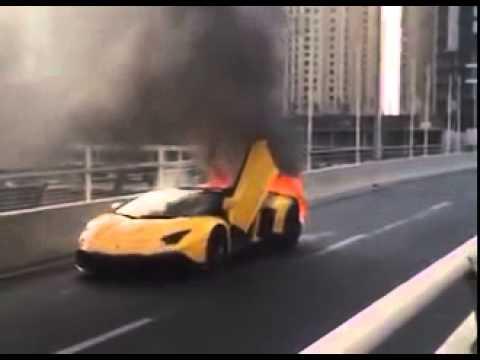 LAMBORGHINI AVENTADOR 50TH ANNIVERSARIO ROADSTER ON FIRE IN DUBAI