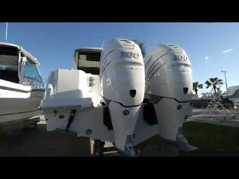 2018 Boston Whaler 315 Conquest Boat For Sale at MarineMax Ft. Myers