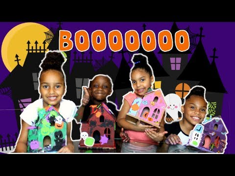 Decorating SPOOKY HAUNTED HALLOWEEN HOUSES ( Learning Colors)