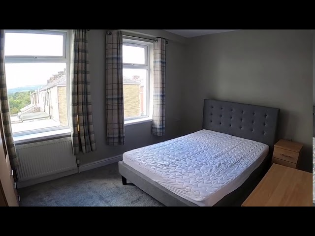 Refurbished Double Bedroom!!! Main Photo