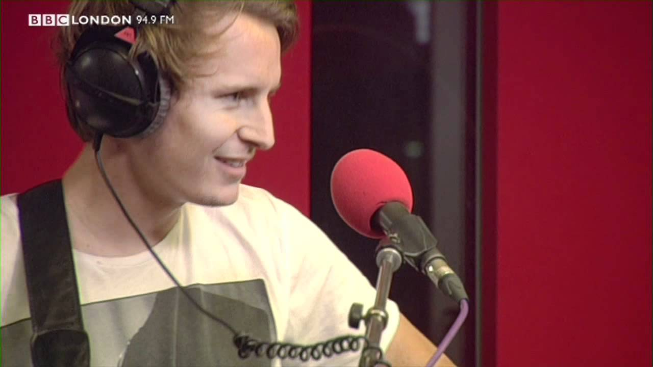 ben-howard-old-pine-live-on-the-sunday-night-sessions-on-bbc-london-949-bbc-london-introducing