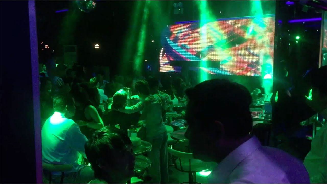 5 Best Night Clubs in Phnom Penh to Meet Girls | Cambodia Redcat