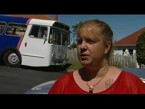 Otago Heritage Bus Society help out locals in need on the holidays