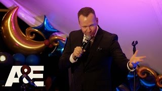 "Donnie Loves Jenny: Donnie Performs ""The Theme Song"" (Season 3, Episode 4) 