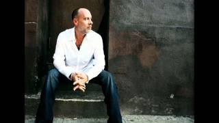Watch Marc Cohn Strangers In A Car video