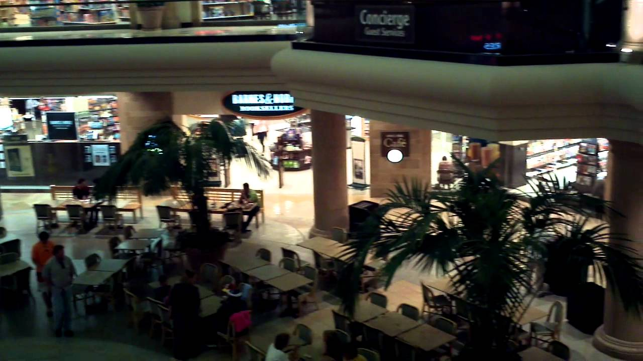 Newport Mall Food Court