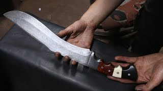Forging a Pattern welded Khukuri knife, the complete movie.