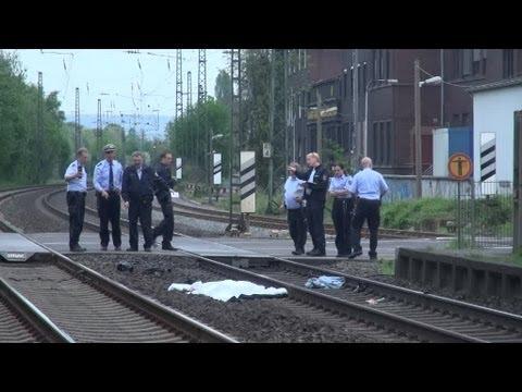 Tödlicher Unfall Bahnübergang Bahnhof Mehlem + Interview Polizei (Rohmaterial)