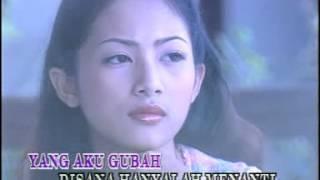 Download lagu Di Sana Menanti Di Sini Menunggu karaoke MP3