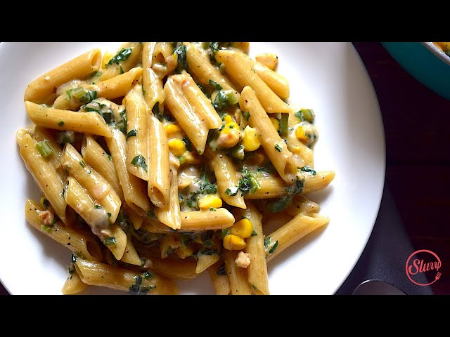 One Pot Penne Pasta With Corn & Spinach in White Sauce