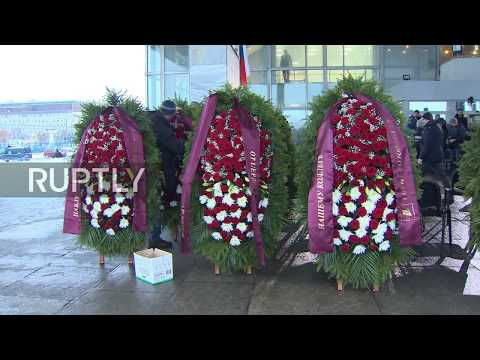 Russia: Moscow opens memorial for journalists killed in Tu-154 plane crash
