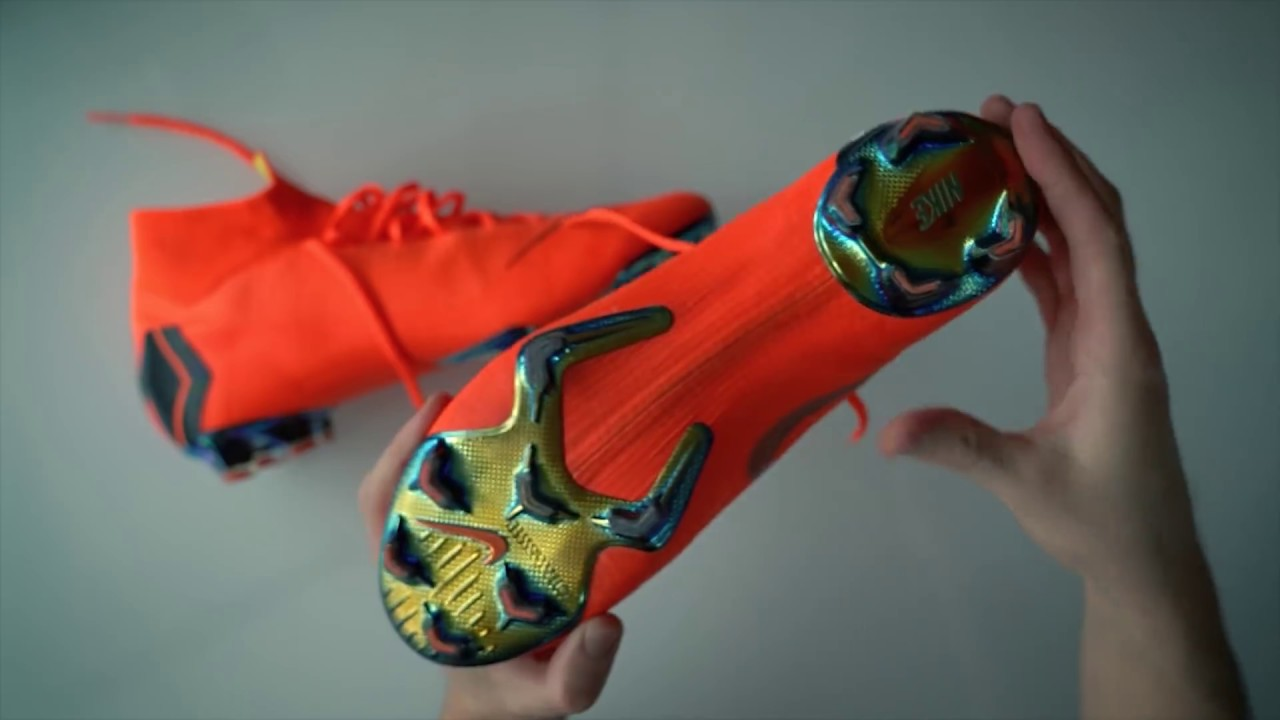 more photos 01efd 9d9d8 New Football Boots of CR7 & Neymar: Nike Mercurial Superfly VI Elite -  Unboxing