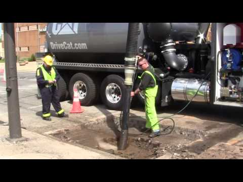 Premier Oilfield Hydrovac Excavator CAT CT660 Chassis