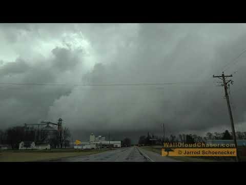 Marshalltown Iowa Rotating Storms ~ 4K ~ March 28, 2020