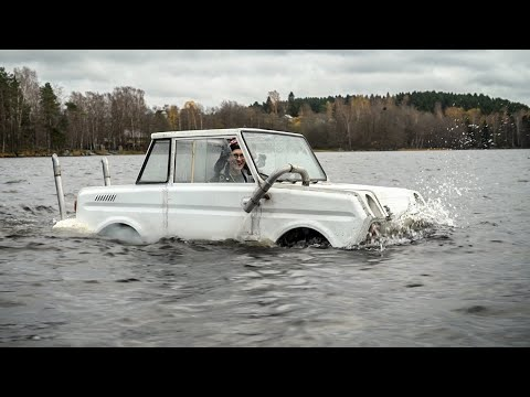 James Bond's cyclecar. First time floating on water!