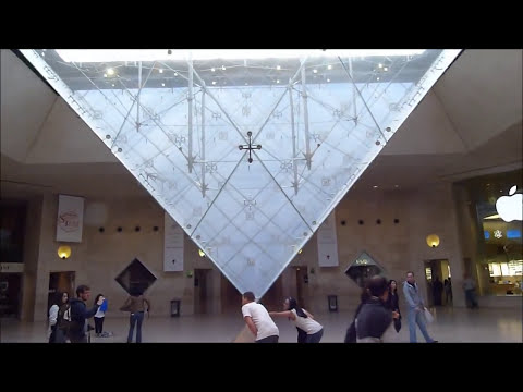 Paris on Foot #9: Inside the Louvre Museum