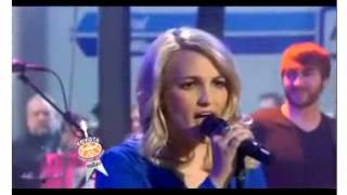 "(Directlyrics.com) Jamie Lynn Spears ""How Could I Want More"" @ The Today Show"