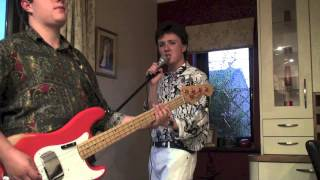 Simple Minds bass and singing vids