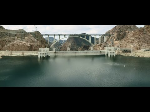In San Andreas,California is experiencing the biggest earthquake in history (film)
