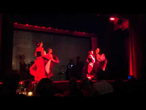 French Cancan par Music Hall and Dance company