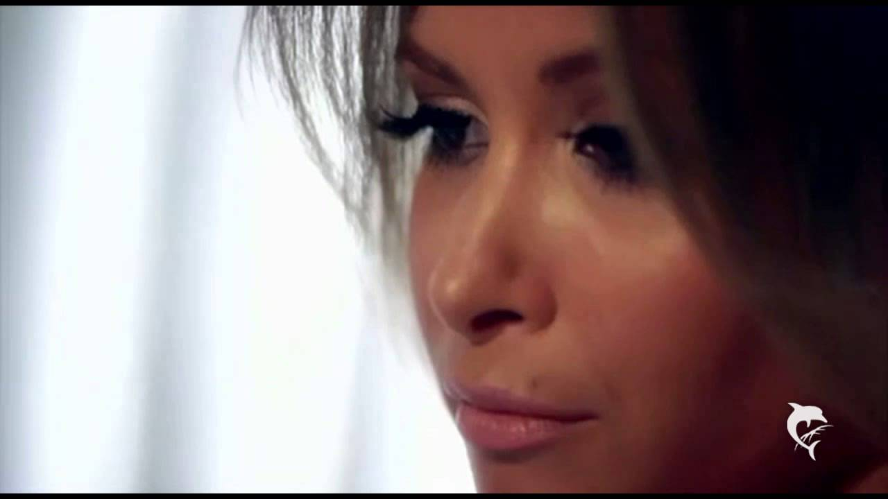mandy capristo closer