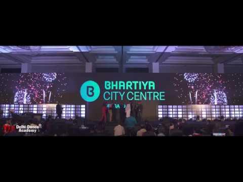 LED Interactive Dance   Performance by Delhi Dance Academy   Bhartiya City Centre