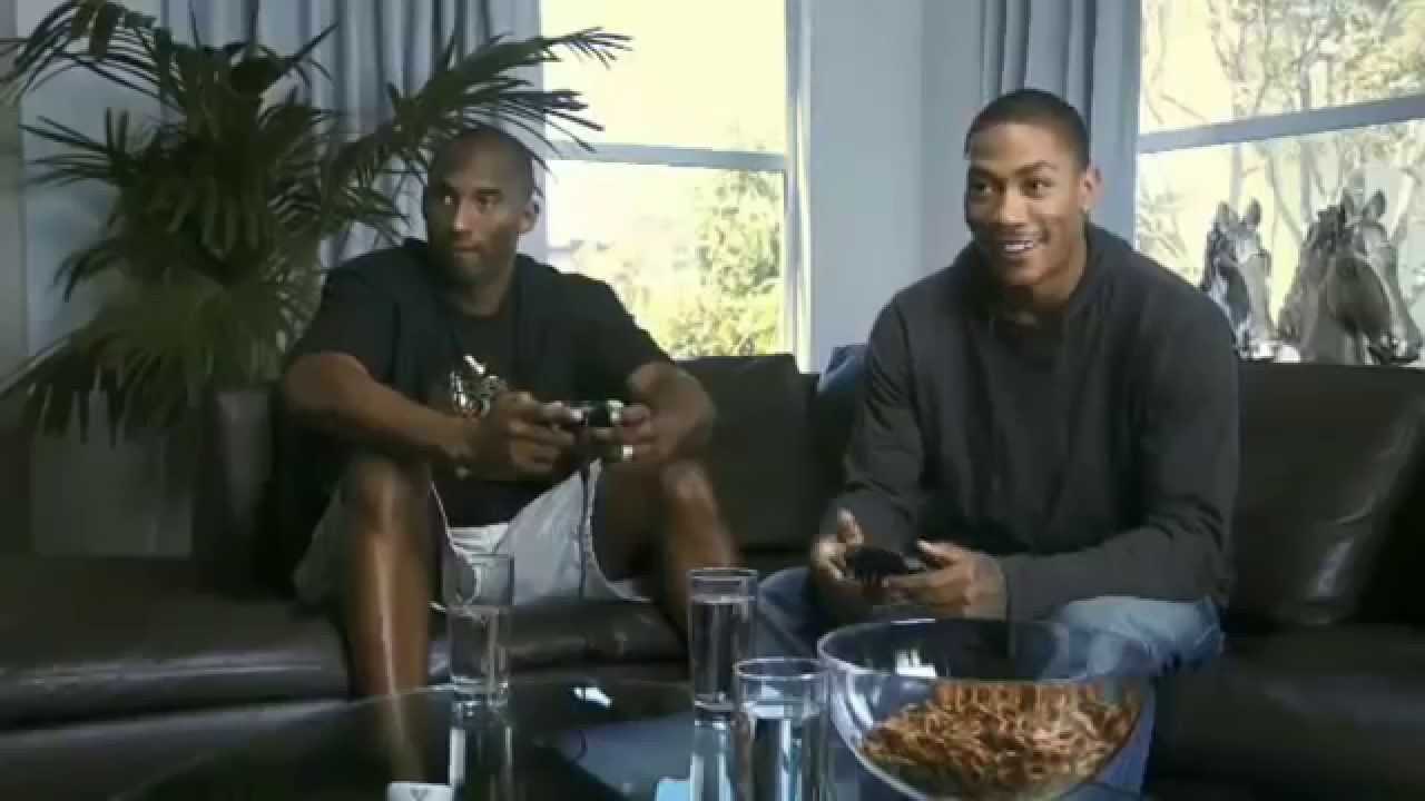 【影片】Kobe羅斯打2K噴垃圾話,當Kobe說出這句話,羅斯直接說:我不比了!