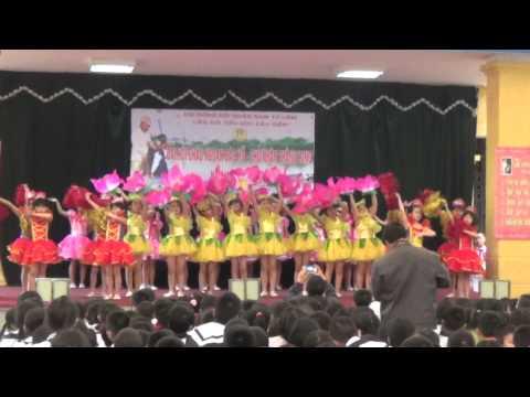 Hoa Thơm Dâng Bác - Đội múa Trường Cầu Diễn