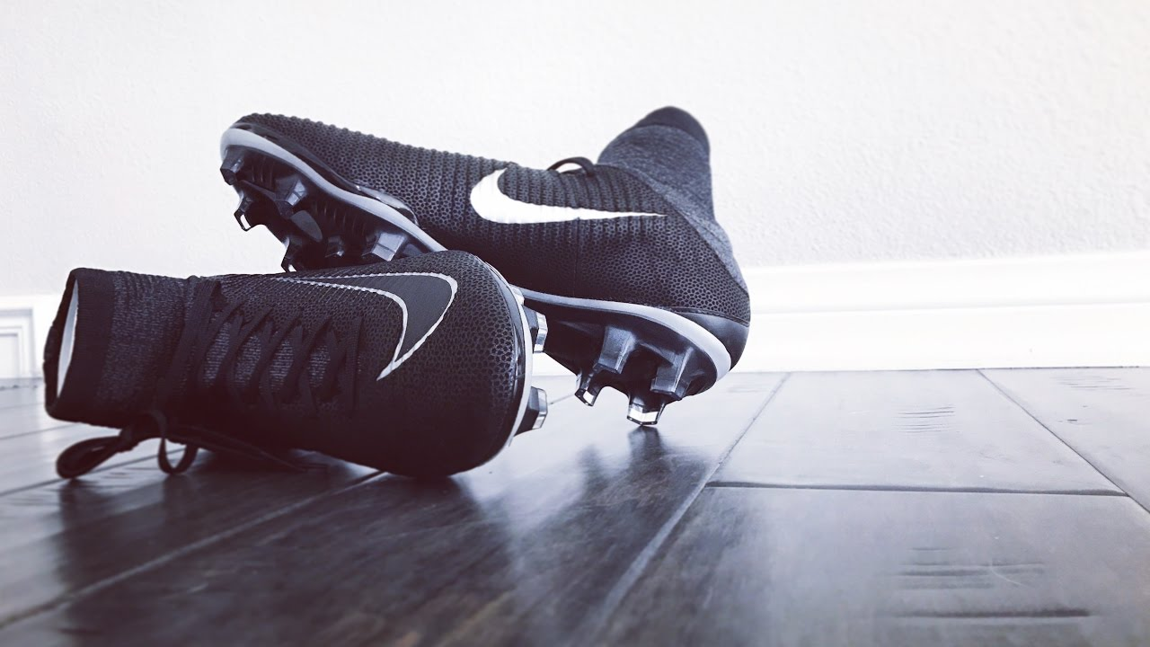 ee21096fec50 First Look: Unboxing NIKE MERCURIAL SUPERFLY V TECH CRAFT! - YouTube