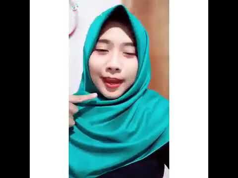 Tik Tok Keren Wanita Berhijab Youtube 7ee20dc840