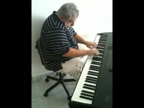 Tom Alexander ad lib piano