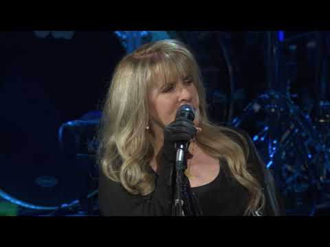 Stevie Nicks Is Terrified Of COVID-19 Because Of Her Health Condition