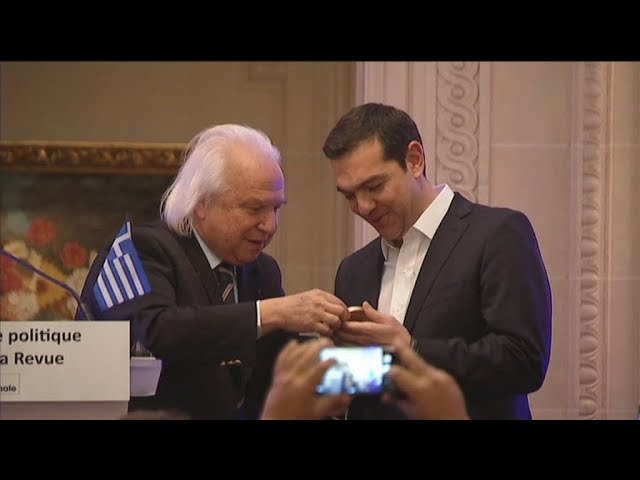 <h2><a href='https://webtv.eklogika.gr/' target='_blank' title='Με το βραβείο «Πολιτικού Σθένους», τιμήθηκε ο πρωθυπουργός'>Με το βραβείο «Πολιτικού Σθένους», τιμήθηκε ο πρωθυπουργός</a></h2>