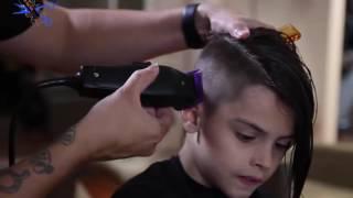 ولد اجمل من البنت يحلق شعره